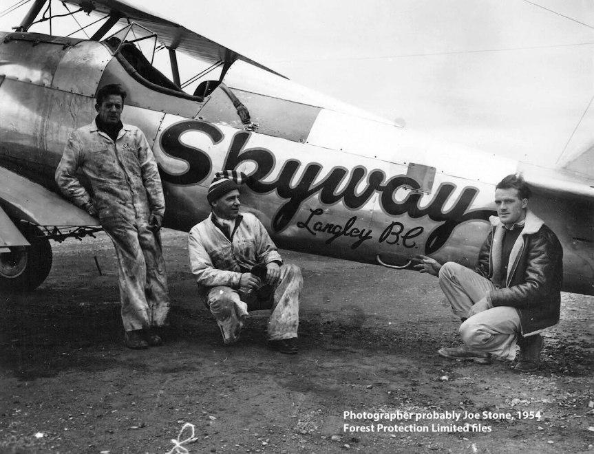 Skyway Stearman - crew and pilot