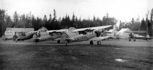 - #41 N4787V, #44 Nxxxxx, unknown, then probably #43 Nxxxxx - Image by Dwight Dolan at Nictau, New Brunswick, 7-13 June 1953. FPL files.